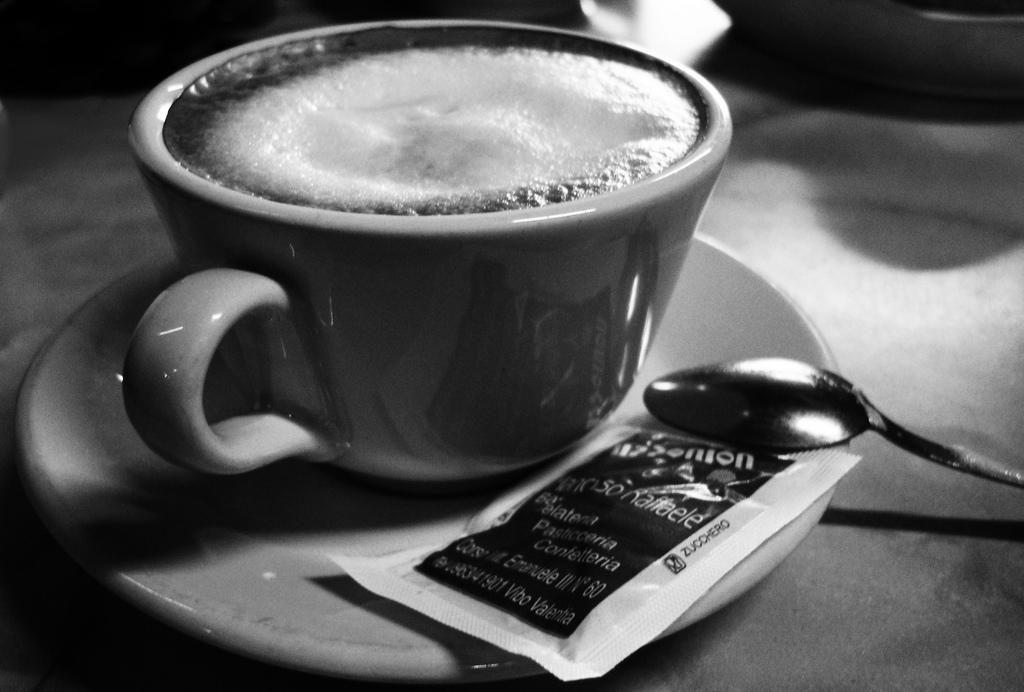 coffee - các nhân tố ảnh hưởng đến hành vi người tiêu dùng cà phê
