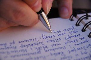 writing FILEminimizer 300x199 - luận văn cao học, báo cáo tốt nghiệp tại HCM